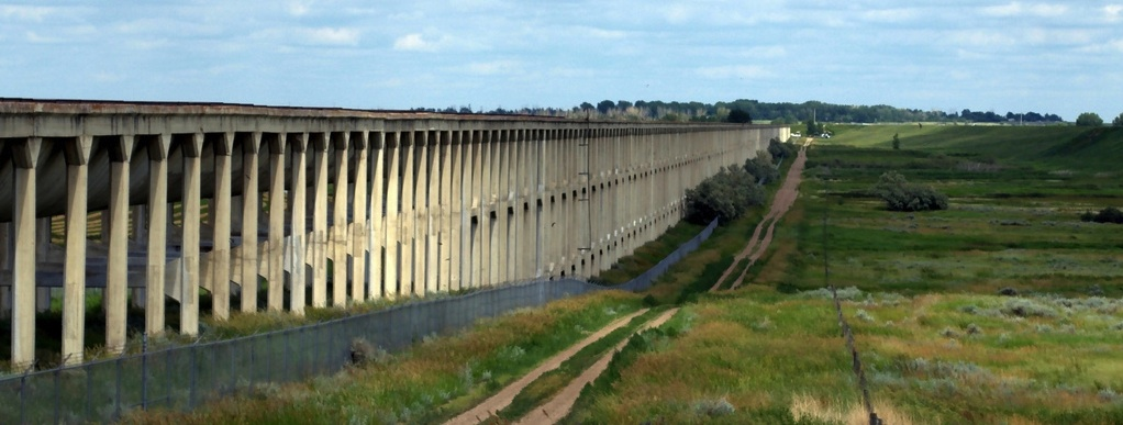 http://assets.rmcloud.com/shared-images/local_info/brooks-aqueduct.jpg